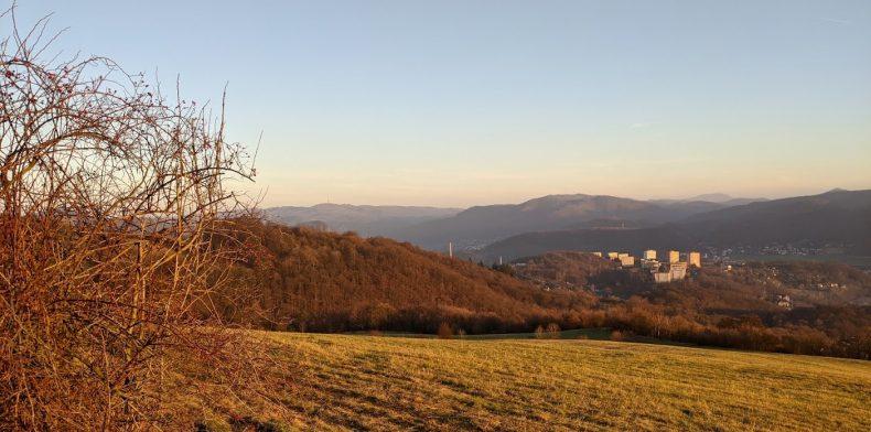 Pohled na Krásné Březno, sídliště Pod Vyhlídkou